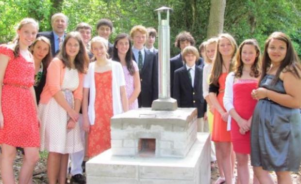 These Brookwood Middle School students built their beautiful Dos por Tres in Massachusetts to learn all about stoves.