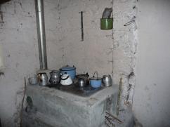La herramienta de mantenimiento: El Cinco, es muy práctico y debe ubicarse en un lugar correcto cerca de la estufa.