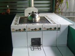 ¿Quién no iba a comer una comida cocinada en esta estufa?