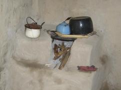 La plancha para una estufa tradicional es generalmente la tapa de un barril de petróleo.